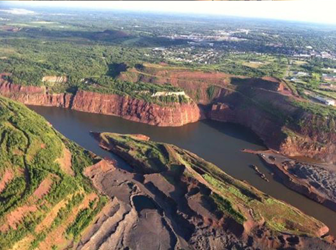 Vista da mina Hull Rust